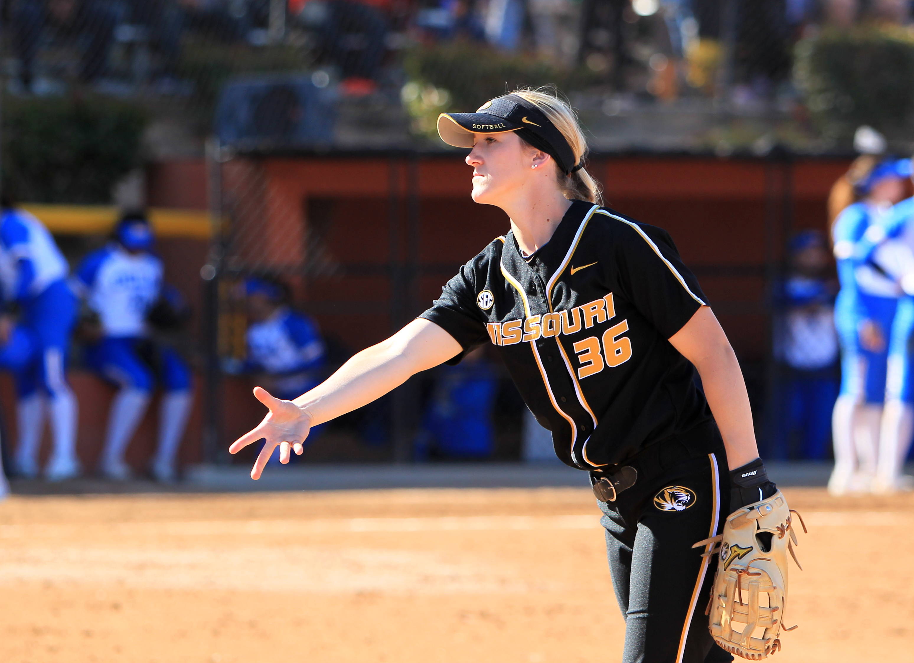 MizzouSoftball Opens 2018 Home Schedule This Weekend with Mizzou
